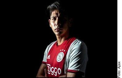 Edson Álvarez ingresó de cambio al minuto 88 en el Ajax vs. Waalwijk.