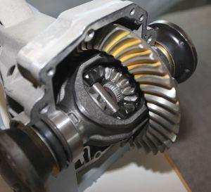 ¿Cómo funciona el diferencial del auto y cuáles son sus partes?