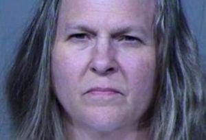 Hombre falleció tras ruptura amorosa; una enfermera de California está acusada de ayudarle a morir