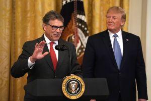 Rick Perry planea renunciar al Departamento de Energía en noviembre