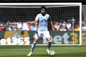 Néstor Araujo regresó a la titularidad pero sale lesionado