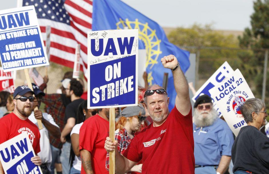 """Protestas contra General Motors: """"Dejen de importar autos a los Estados Unidos"""""""