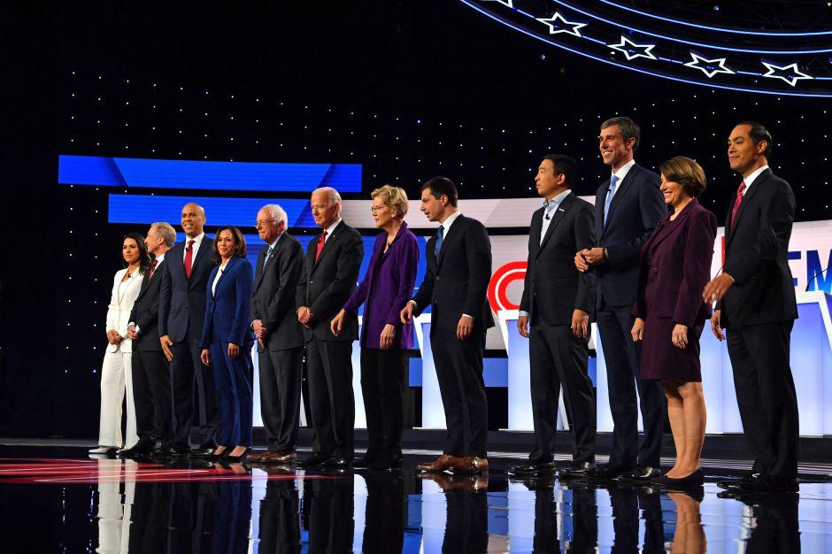 Debate demócrata: Los candidatos se unieron en criticar a Trump y discutieron más