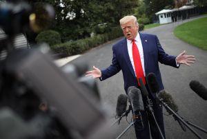 Trump abre la puerta para que miembros de su Gabinete testifiquen en juicio político