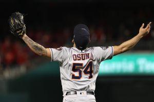 ¡Siguen vivos! Astros se llevan el tercero de la Serie Mundial con salvamento de Osuna