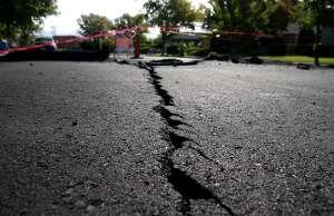 Sismo magnitud 7.5 provocó alerta de tsunami y desalojos en Alaska