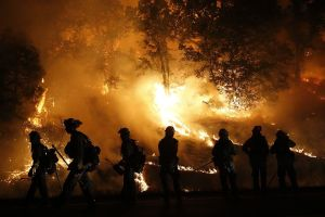 Incendio Saddleridge: 100,000 evacuados por el fuego infernal en Granada, Porter Ranch y Sylmar