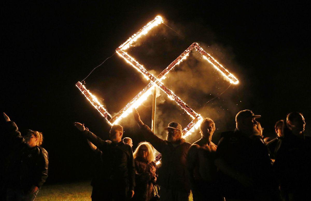 Grupos neonazis en una manifestación realizada en abril de 2018 en Draketown, Georgia.
