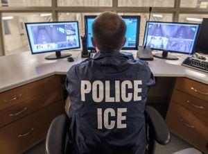 Temen suicidio masivo en centro de retención de ICE