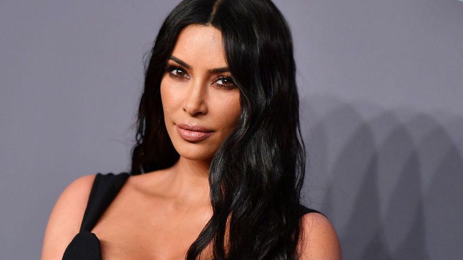 La lucha de Kim Kardashian para estilizar su figura