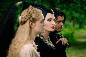 Elle Fanning se hace mayor junto a Angelina Jolie en 'Maleficent: Mistress of Evil'