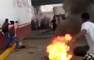 """Caravana de 3,000 inmigrantes se topó con """"muro"""" de gobierno de AMLO"""