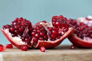 Las inigualables bondades de la granada: Poderosa fruta antioxidante, curativa y afrodisíaca