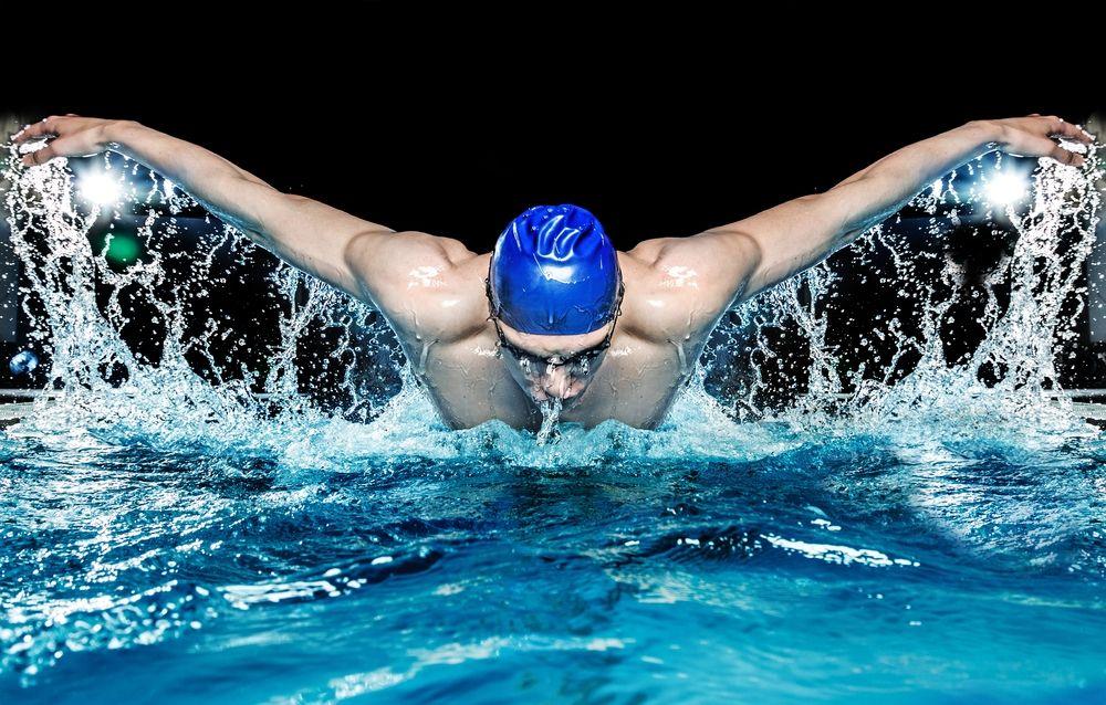 Los 8 beneficios que la natación aporta a tu cuerpo