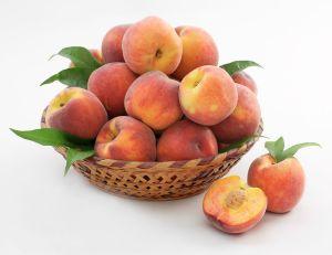 ¡Un melocotón al día! El famoso fruto de la longevidad, combate enfermedades crónicas y desintoxica el organismo