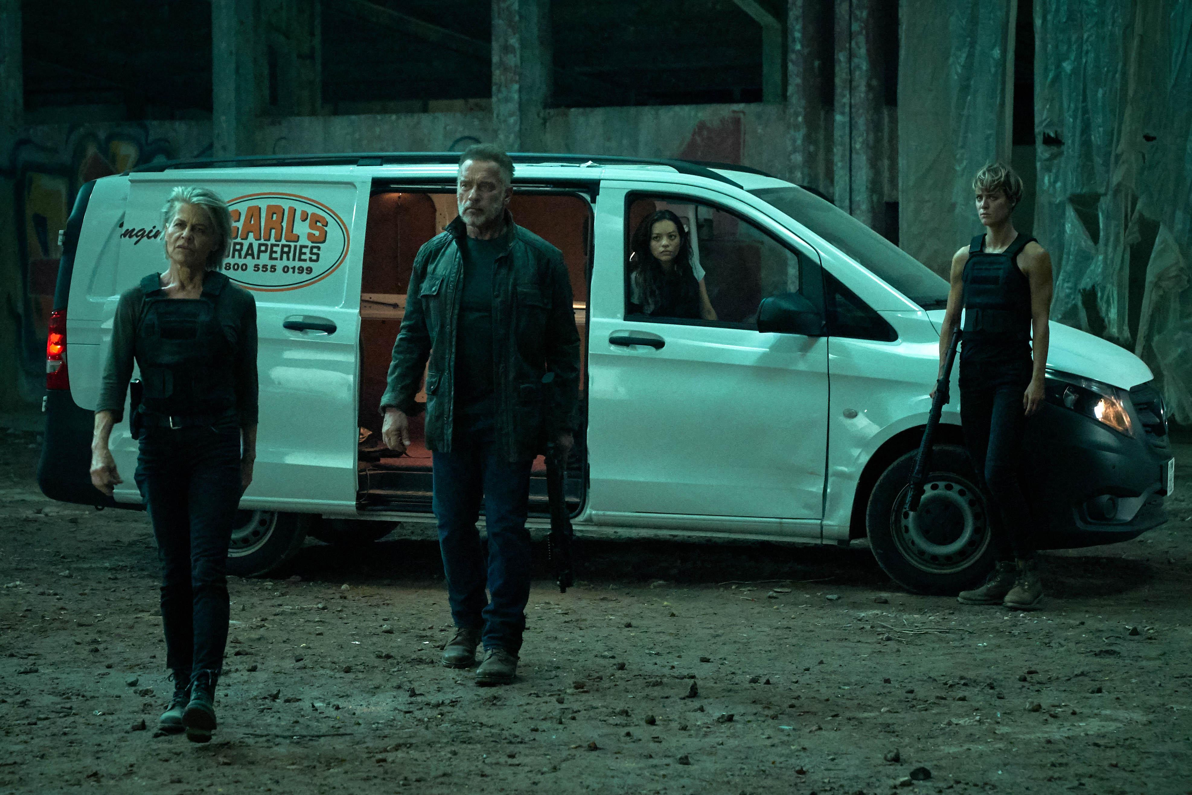 De izq. a dcha: Linda Hamilton, Arnold Schwarzenegger, Natalia Reyes y Mackenzie Davis. / Foto: Paramount Pictures