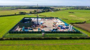 "Reino Unido suspende fracking ""para evitar que se produzcan terremotos"""