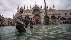 Inundaciones en Venecia: qué es Mose, el megaproyecto que debe salvar a la ciudad del agua (y por qué lleva más de una década de retraso)