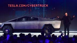 """Tesla: el vergonzoso lanzamiento del """"Cybertruck"""" de Elon Musk"""