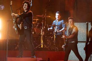 Green Day calienta los MTV EMA