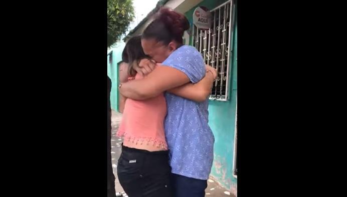 Madre hispana se reúne con hija secuestrada hace 10 años gracias a Facebook: telenovela de la vida real