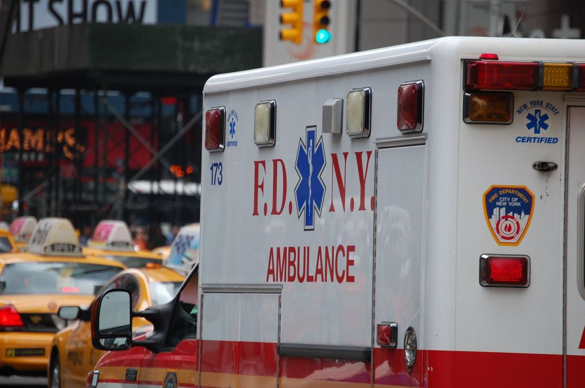 Anciana de 80 años murió arrollada dos veces en Queens