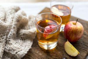Dulce y diet: Delicioso refrigerio de té verde con manzana para no tentarte con otra cosa