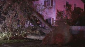 Apagones masivos, inundaciones y árboles caídos dejan tormentas de Halloween en noreste de EEUU