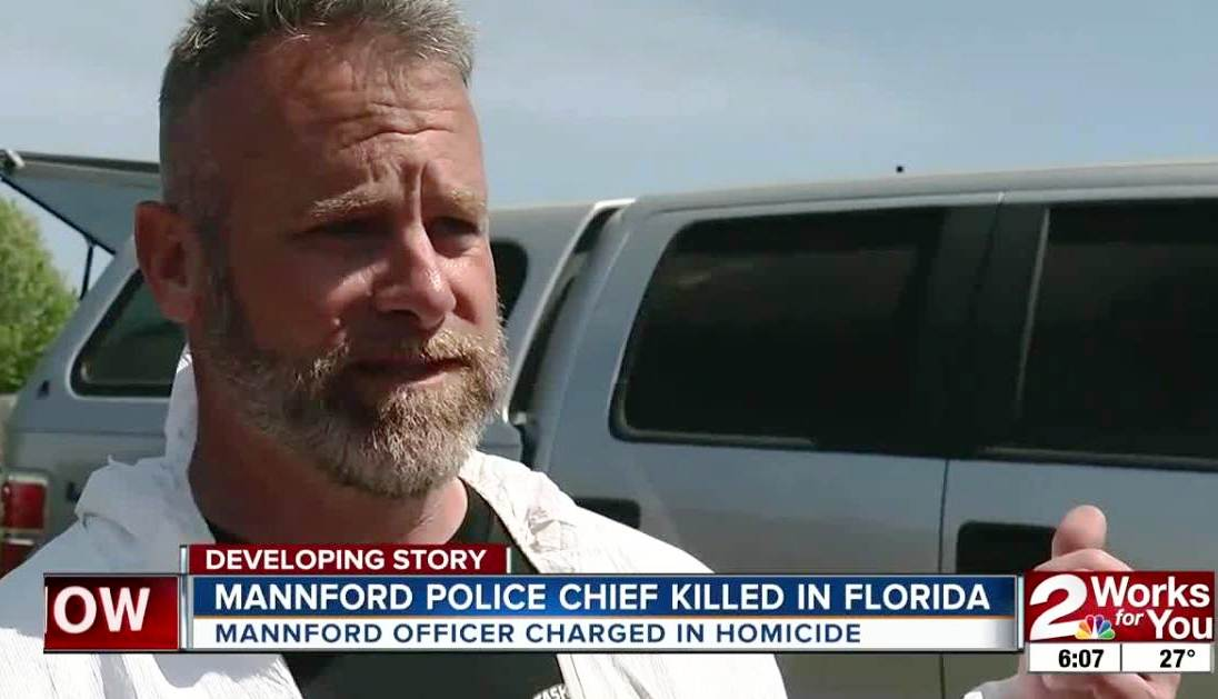 Arrestan a policía por matar a su jefe y mejor amigo durante pelea en viaje a Florida