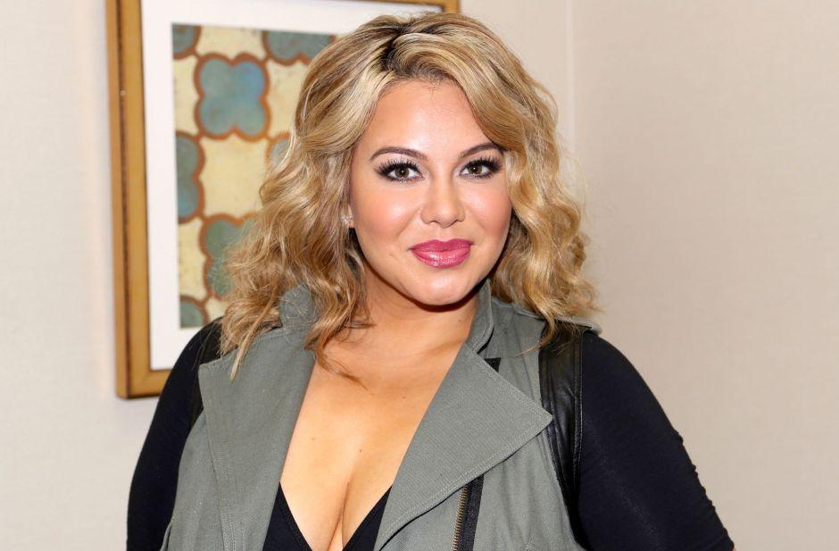 El vestido nude con brillantes de Chiquis Rivera que deja ver todas sus curvas