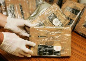 Houston: Policía recibe una bolsa con cocaína que contenía también una lista de nombres