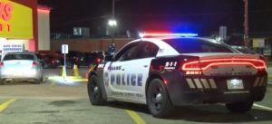 Dallas: Jóvenes hispanos balean a hombre ante la mirada de testigos en un supermercado