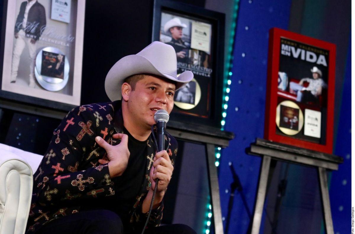 Tras orden de arresto por violencia, Remmy Valenzuela ya tiene fecha para su próximo concierto