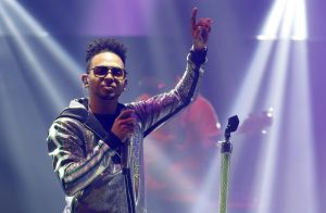 """Snoop Dogg, P. Diddy, Nicky Jam, entre las colaboraciones que incluyó Ozuna en """"Nibiru"""""""