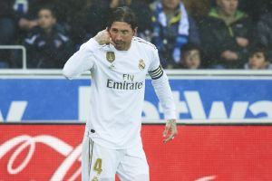 Sergio Ramos y Dani Carvajal le dan el liderato momentáneo al Real Madrid en La Liga