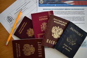 Juez bloquea medida de Trump que negaría visa a extranjeros que no comprueben seguro médico
