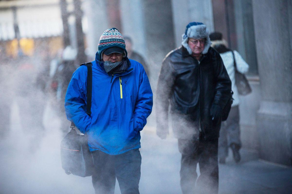 Cierran calles en Manhattan por caída de hielo