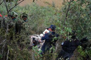 Hallan restos humanos en fosa clandestina en México
