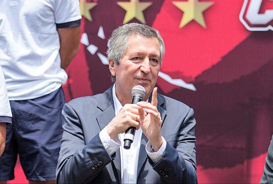 Jorge Vergara habría sido envenenado por su ex esposa, afirma periodista