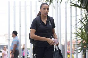 ¡Increíble! Chofer americanista se negó a subir a jugadora de las Chivas a su taxi