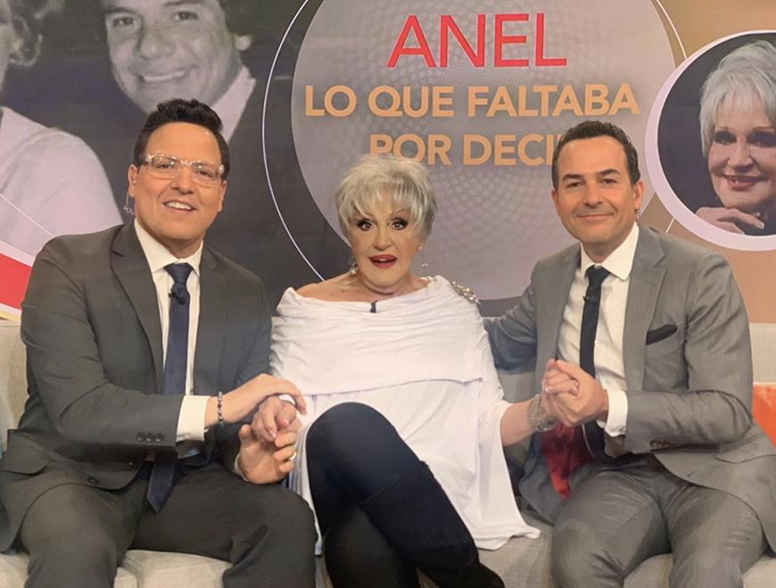 Después de la muerte de José José, Anel consigue trabajo en la televisión