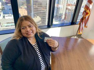 TPSiana de Honduras logra la residencia 30 años después de emigrar a EEUU