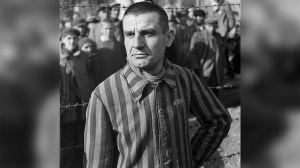 La marca de lujo Loewe tuvo que disculparse por vender un outfit con rayas... igual al de los prisioneros de los campos de concentración nazi