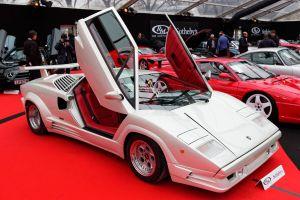 Las ventas de esta exclusiva colección de autos fue un fiasco: mira por qué