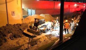 ÚLTMA HORA: Plomero muere atrapado en una zanja que se colapsó al norte de Houston