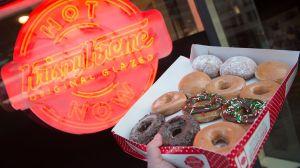 Krispy Kreme te regala una docena de donas HOY para celebrar su aniversario