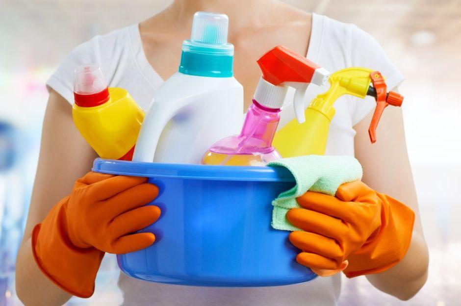 10 suministros de limpieza y saneamiento para la oficina o para la casa