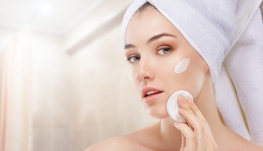 Las 5 mejores cremas aclarantes para eliminar las manchas de tu piel