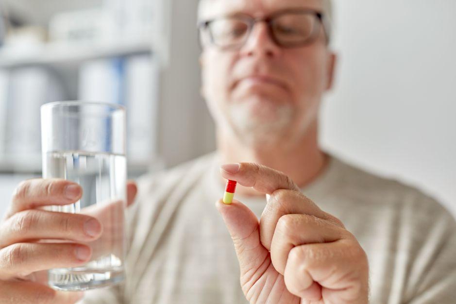 Los 5 mejores suplementos vitamínicos para hombres mayores de 50 años