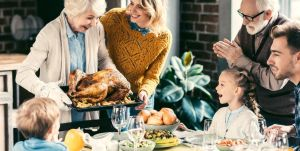5 herramientas de cocina para preparar la comida de la cena de Acción de Gracias